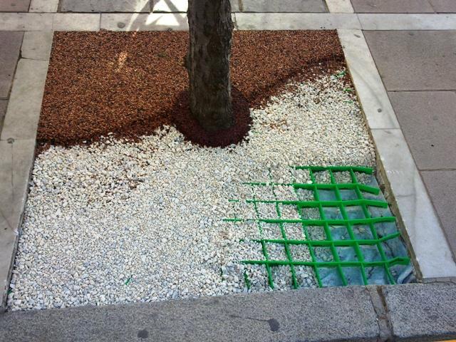 Decordren mortero drenante de alcorques for Jardines con gravilla de colores